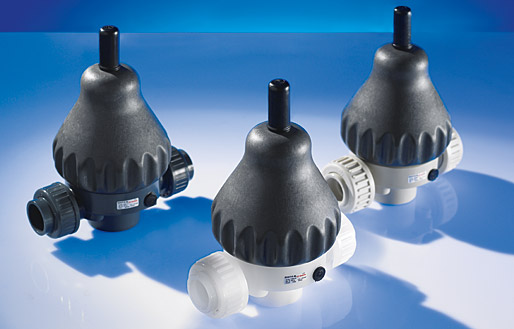 Plastic diaphragm valves